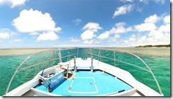 ボートで行く沖縄青の洞窟シュノーケリングツアーサマーリゾート沖縄2